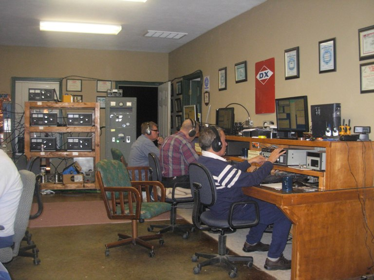 ARRL DX MULTI MULTI 2009